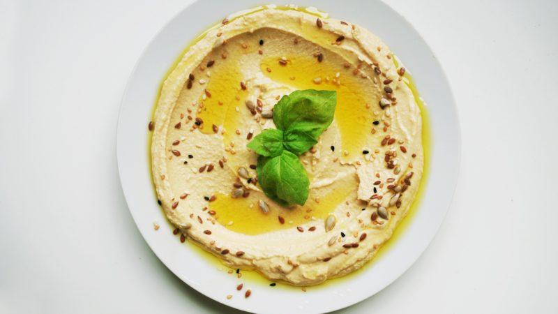 Houmous à l'olive verte