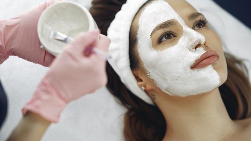 Masques à l'argile : comment bien les choisir ?