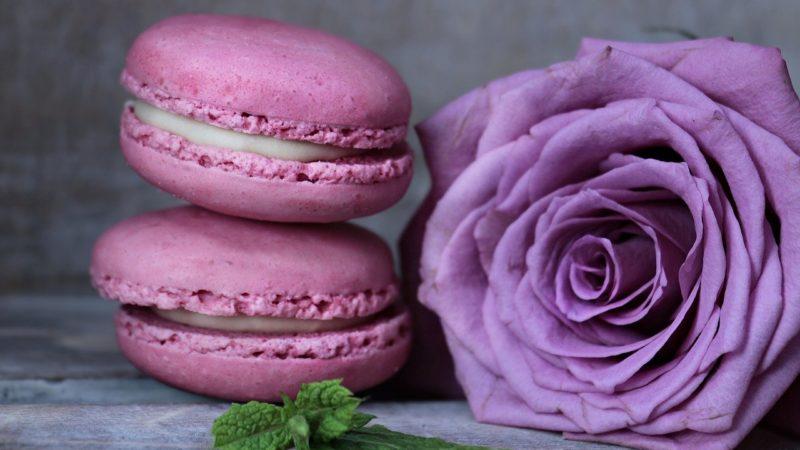 Saint-Valentin : les macarons à la rose