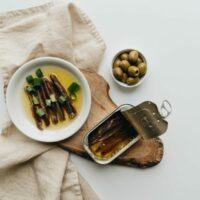 Anchois à la sicilienne : huile d'olive et fromage